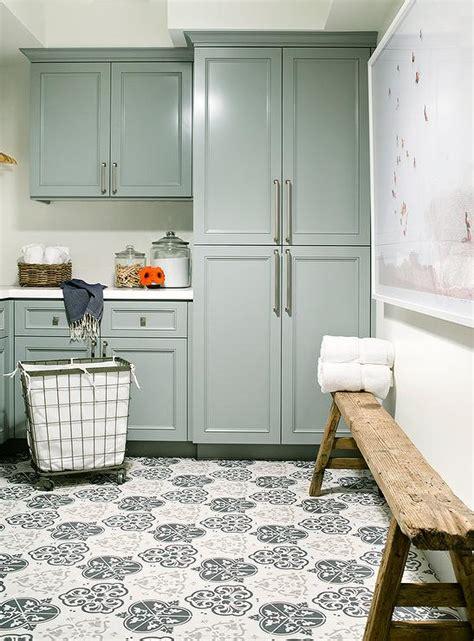 laundry room bench design ideas