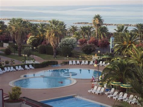 residence le terrazze grottammare residence hotel le terrazze grottammare marche prezzi