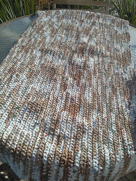 Mats From Plastic Bags - diy crochet plastic bags into sleeping mats for the