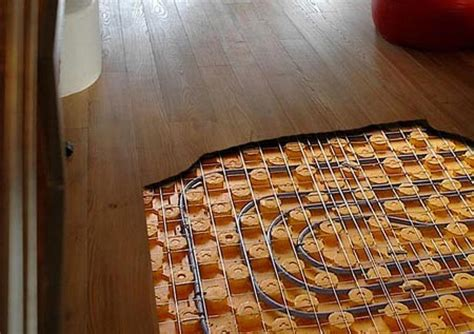 parquet riscaldamento pavimento riscaldamento a pavimento e parquet fratelli pellizzari