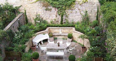 mediterranian courtyard gardens courtyards and verandas pinterest various of courtyard garden design mediterranean courtyard