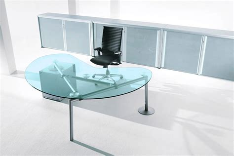 Kidney Shaped Glass Desk Isotta Italian Kidney Shaped And Rectangular Glass Desks From Laporta