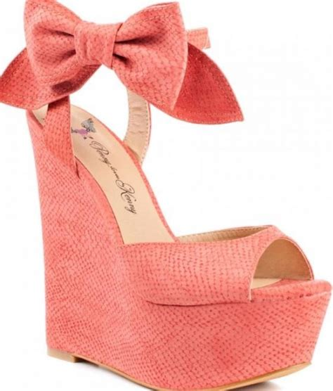 dolgu topuklu ayakkabi yeni moda modeller yeni moda modeller pudra renginde yeni moda dolgu topuklu ayakkabı modeli