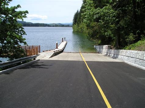 public boat launch lower buckhorn lake boat r