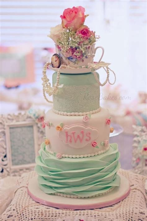 25 best ideas about shabby chic cakes on pinterest blue petite wedding cakes fancy birthday