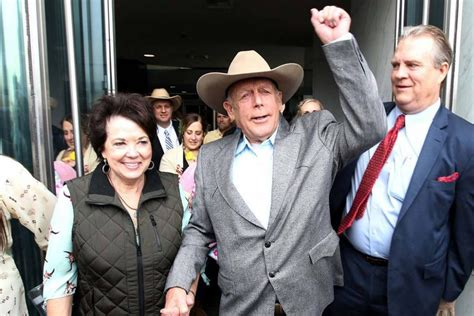kemmerer gazette bundy fbi debacle shows   feds    controlled