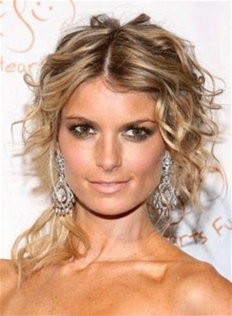 easy hairstyles medium wavy hair simple hairstyles for curly hair women s fave hairstyles
