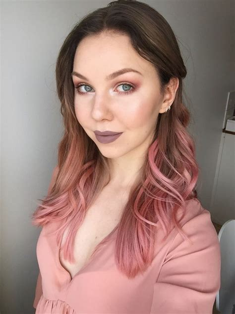 Rihana Pink Dusty dusty eye makeup to go with my new hair color