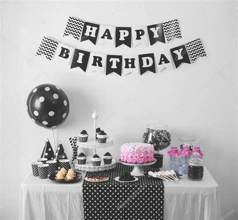 imagenes en blanco y negro para decorar resultado de imagen para decoracion fiesta de cumplea 241 os