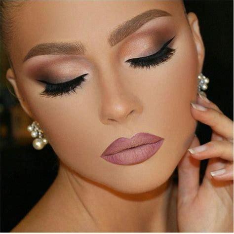 Eyeshadow Glamor maquiagem para casamento a noite como aliar o vestido