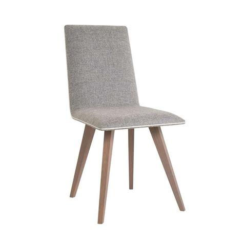 chaise bois et tissu chaise contemporaine en bois et tissu enoa 4 pieds