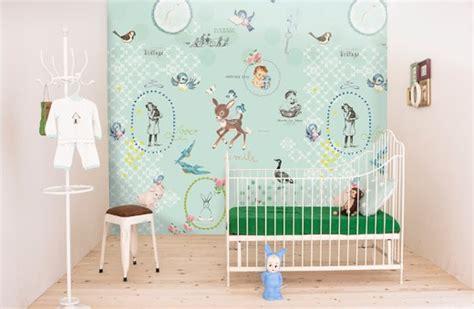 bloemen behang kinderkamer interieur inspiratie babykamer behang onszelf