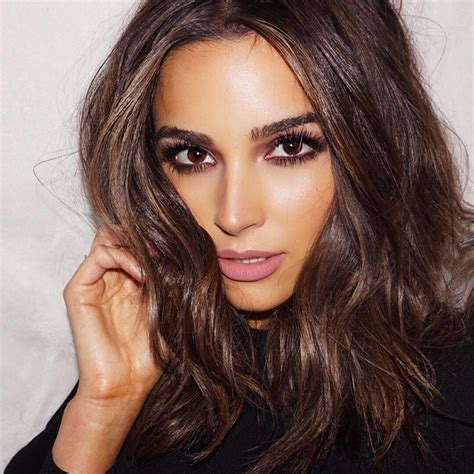 brunette hairstyle inspiration from celebrities for 2016 16 celebrities that will inspire you to dye your hair darker
