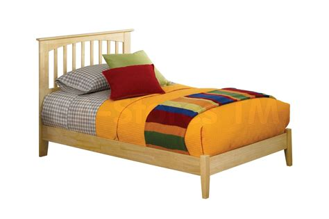 brooklyn bed brooklyn platform bed open foot rail natural maple