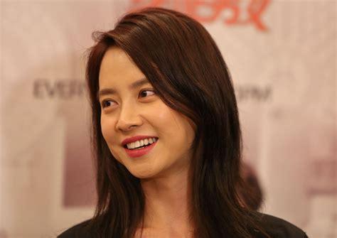 song ji hyo scandal song ji hyo song ji hyo chosen as most beautiful actress