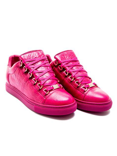 pink balenciaga sneakers balenciaga sneaker pink derodeloper