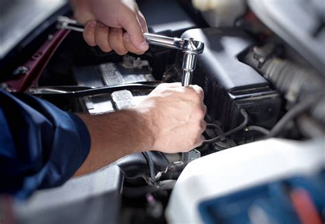 Auto Machenic by B B Auto Service Auto Repair In Calumet City And Hammond