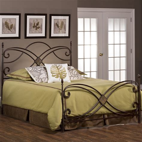 Combine Elegance Of Modernity With The Beauty Of Classical Era Bedroom Furniture