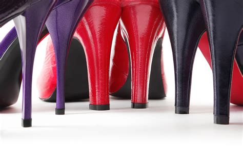 injuries from wearing high heeled shoes on rise study
