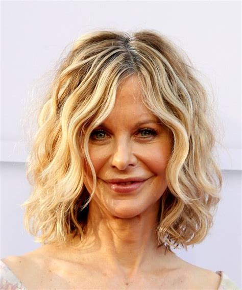 pics com of com light hair in front and shark in back meg ryan hairstyles in 2018