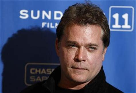 gangster film ray liotta ray liotta joins brad pitt gangster film