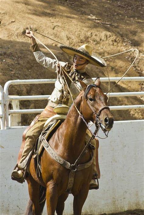 fotos de nenas mamando a caballos charro skills on display mexico charro charra