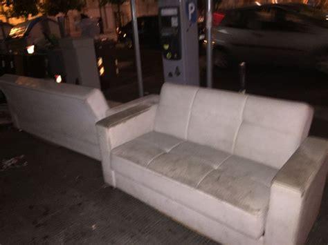 divani e divani bari bari i divani abbandonati nel salotto della citt 224 1 di