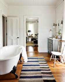 Country Living Bathroom Ideas by Farmhouse Style Bathroom Ideas Town Amp Country Living