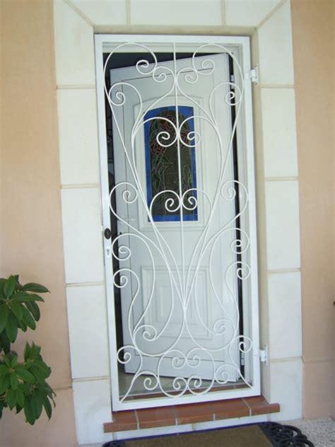 Grille De Defense Pour Porte by Grille De Protection Porte D Entr 233 E En Fer Forg 233 Avec