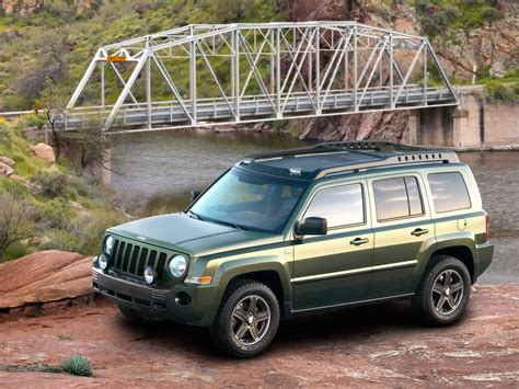 2005 Jeep Patriot 2005 Jeep Patriot Concept Side Angle Bridge