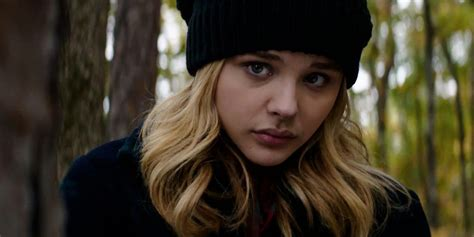 film terbaru chloe moretz chloe grace moretz josh gad and jack o connell sign up
