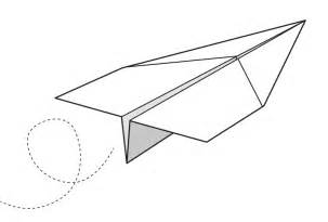 To Make A Paper Aeroplane - make a paper aeroplane in 6 easy steps