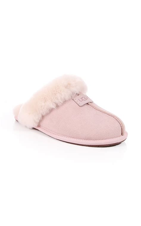 pink slipper shoes ugg womens ugg scuffette ii snake slippers pink ugg