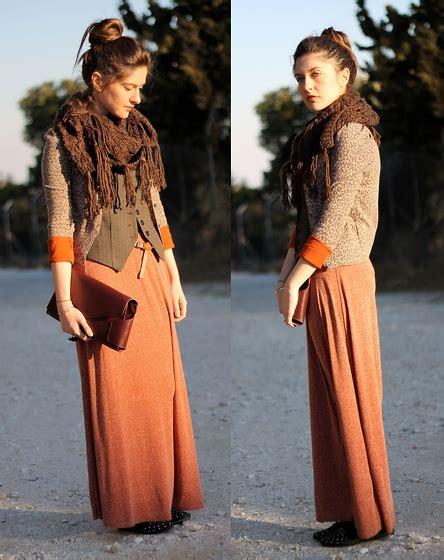 Zara Clutch Scraf eleni k vintage scarf zara skirt topshop shoes zara clutch marigold sleeved lookbook