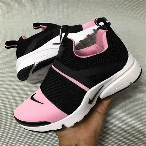 black and pink nike sneakers shoes nikes sneakers black pink nike shoes nike