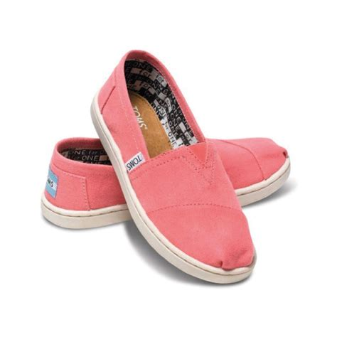 shoes kid toms kid s classic slip on shoe kid big kid