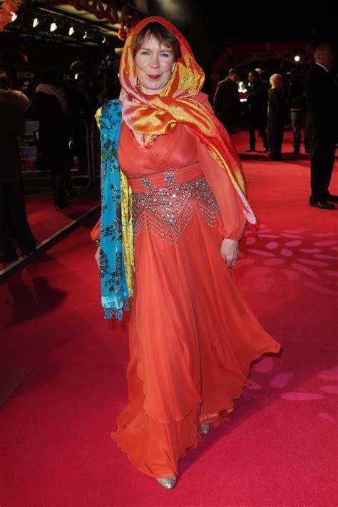 celia imrie    exotic marigold hotel world premiere  arrivals    zimbio