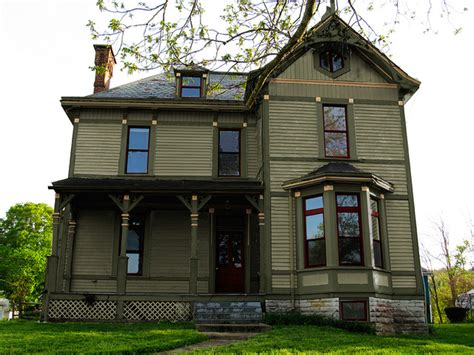 historic exterior paint colors