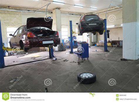 Motor Repair Garages by A Car Repair Garage Stock Photo Image 39055465