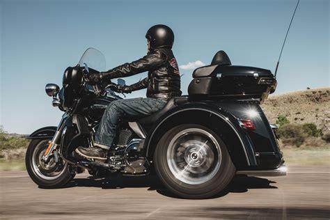 2016 Harley Davidson Trike Tri Glide Ultra Review