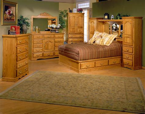 Antique Oak Bedroom Set The Elegance Touch Of Oak Oak Bedroom Furniture