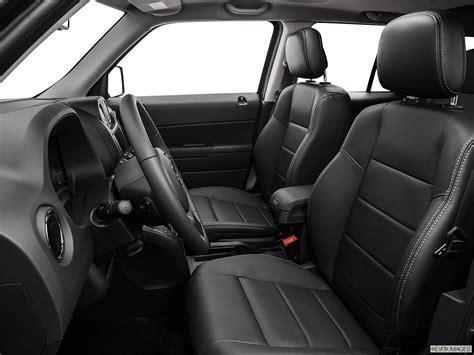 dodge jeep interior comparison dodge journey crossroad suv 2015 vs jeep