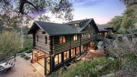 luxury log cabin homes no splinters here these 5 luxury log cabins are a must