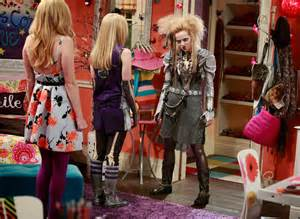 Liv And Maddie And And Ally Rocky Coast News Liv Maddie Quot Helgaween A Rooney Quot Airs