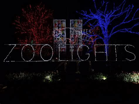 Baltimore Zoo Christmas Lights Decoratingspecial Com Zoo Lights Baltimore