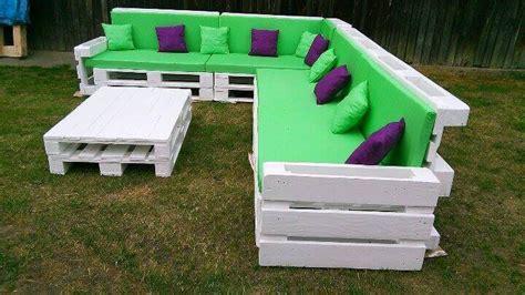 corner sofa made from pallets beautiful pallet corner sofa 101 pallets