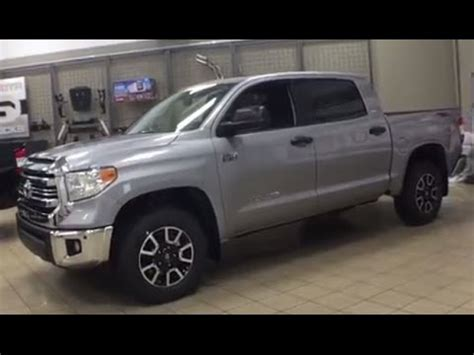 toyota tundra trd  road review youtube