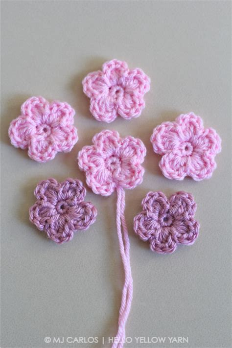 pattern crochet flower easy simple crochet flower pattern and tutorial