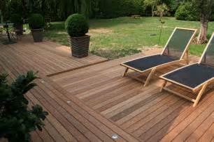 image de terrasse en bois comment r 233 aliser une terrasse en bois bricobistro