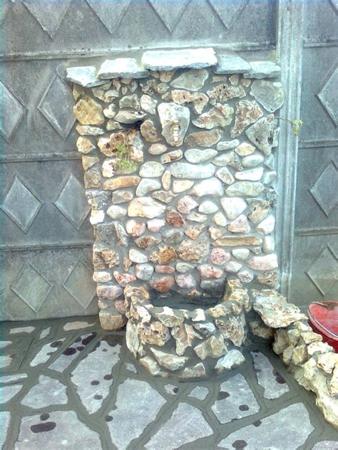 fontana in pietra da giardino foto fontana da giardino in pietra di impresa edile di